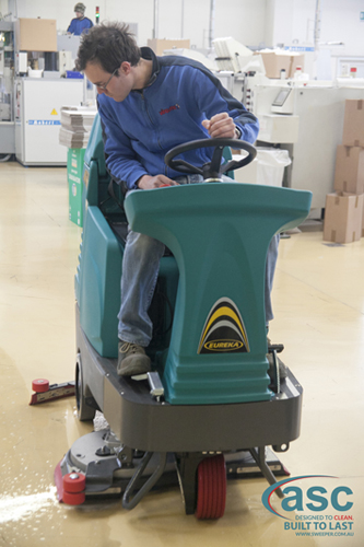 ASC Eureka E85 scrubber with man 6