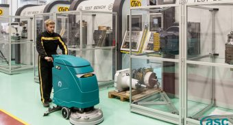 Making the Right Choice Between Walk-behind Scrubber & Ride-on Scrubber Machine