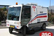 nav ASC Dulevo 200 sweeper with man 3