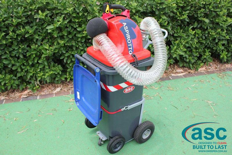 ASC BIN VAC 250 Push Sweeper 2