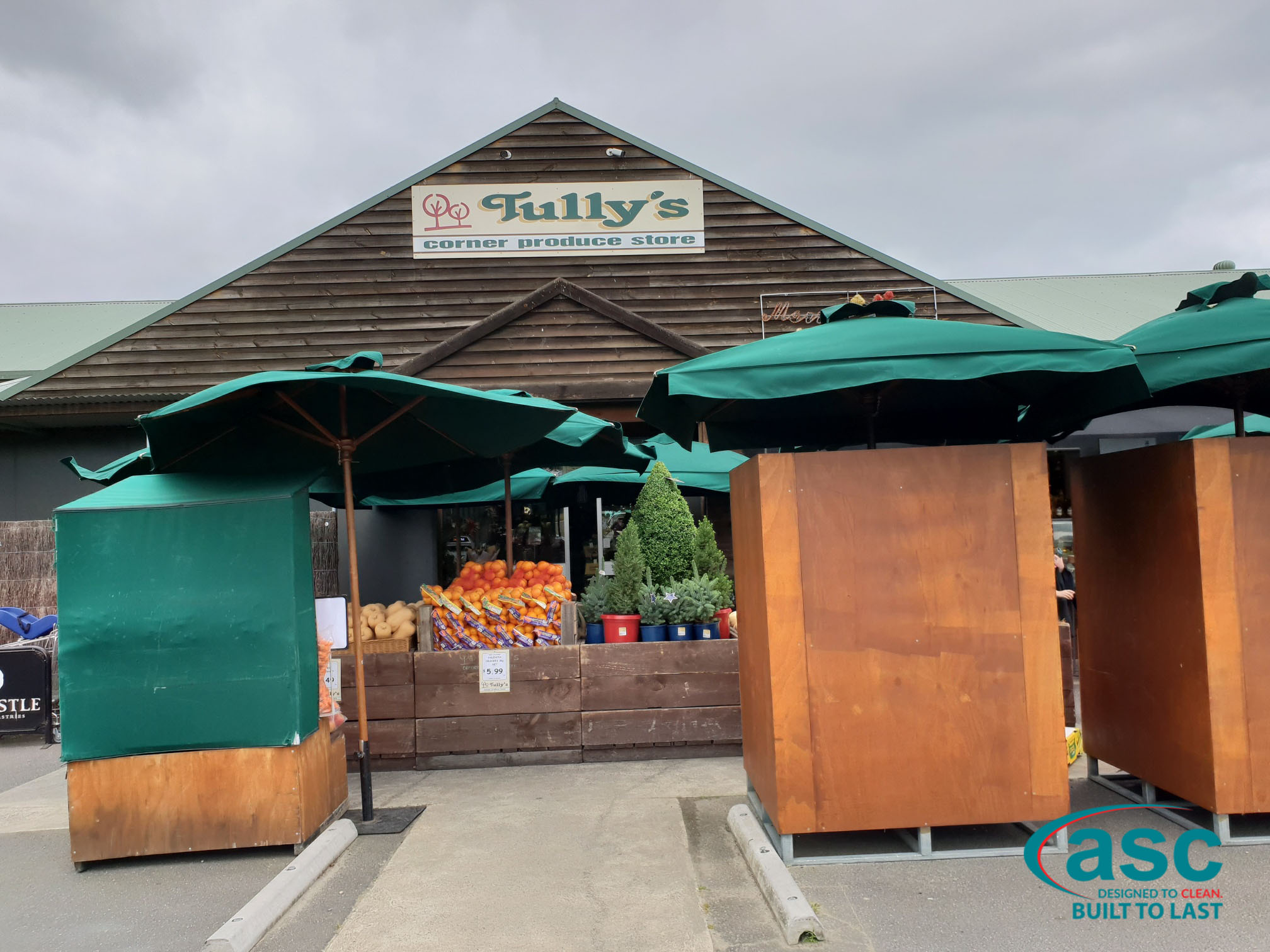 Tully's Corner Produce Store