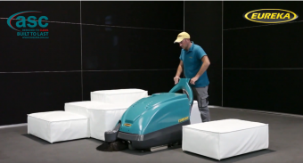 Carpet Cleaning With Push Sweeper
