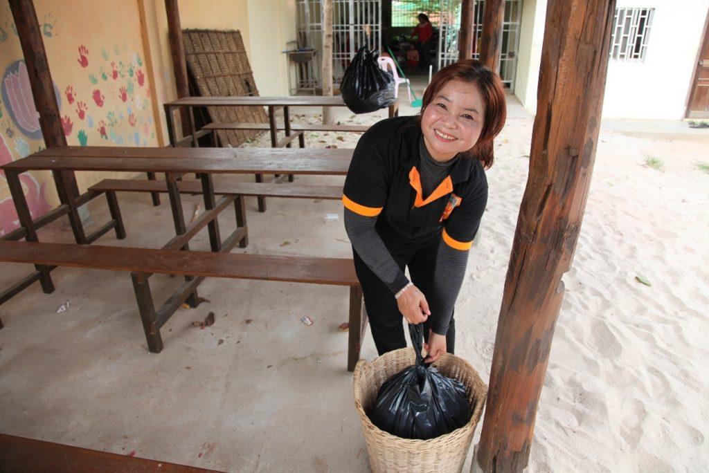 Sok Tha Cleaning