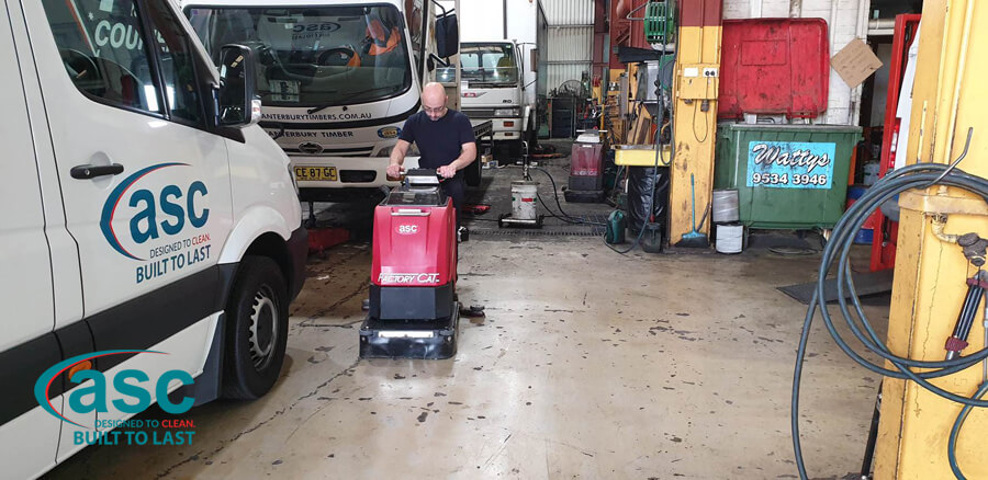 Man Using ASC Factory Cat Scrubber 1